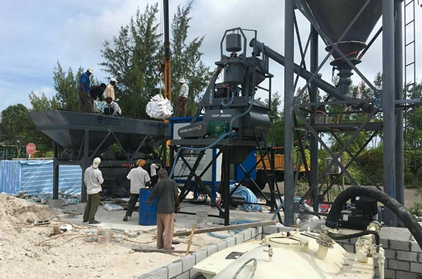 Installed one set HZS25 concrete mixing plant in Maldives